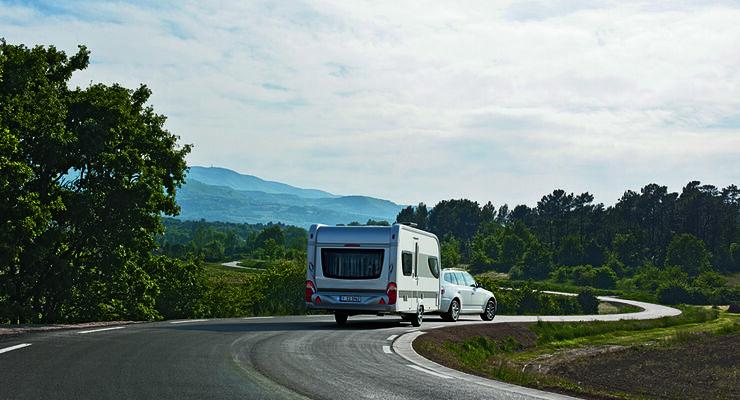Besucher können ein Pkw-Caravan-Gespann im Wert von 38.000 Euro, 50 Campingplatzreisen und vier Fotoapparate gewinnen