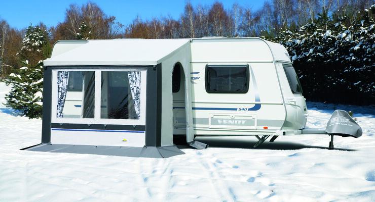 Das Winterteilzelt Cortina von DTW ist nun auch in einer zeitlosen grauen Farbkombination erhältlich.