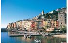 Dem grauen Winterwetter entfliehen: Porto Venere in Ligurien ist ebenso wie das berühmte Genua ein Besuchermagnet.