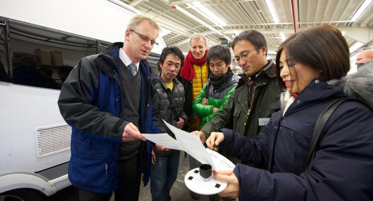 Für das technische Personal seiner Handelspartner führt Hobby regelmäßig Schulungen in Fockbek durch.