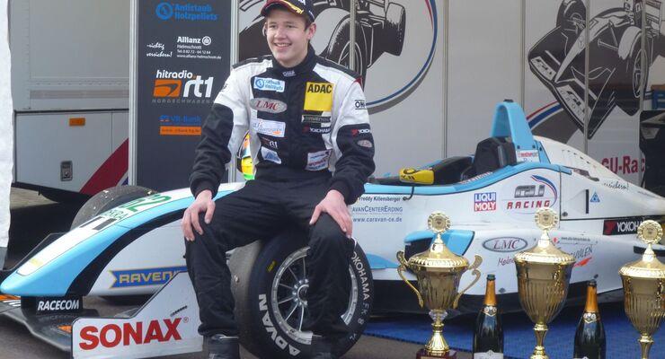 LMC und das Caravan Center Erding sponsern in diesem Jahr den 17 jährigen Rennfahrer Freddy Killensberger.