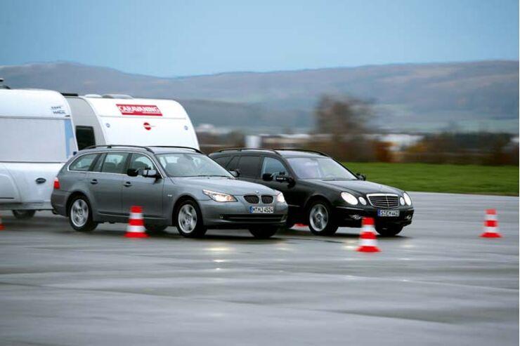 Test Zugwagen im Vergleich BMW 530xd und Mercedes E320 CDI T4-Matic