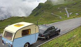 Volvo PV 544 mit Dethleffs Beduin Schweiz
