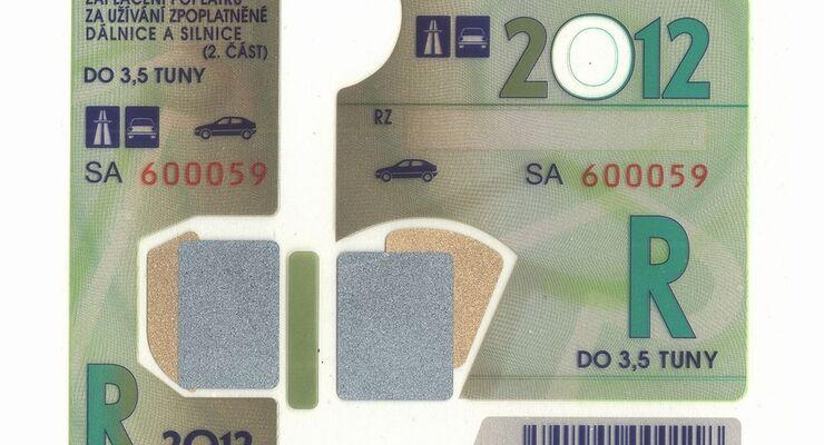 Wer auf tschechischen Autobahnen oder Schnellstraßen unterwegs ist, muss ab 2012 deutlich tiefer in die Tasche greifen