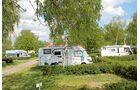 Lauschige Stellplätze und ein Froschkonzert bei Camping Oggau.