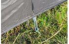 Abspannen beim Windschutz von Outwell