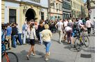 Bamberg ist alte Studentenhochburg und Anziehungspunkt für Urlauber, hier die Dominikanerstraße.