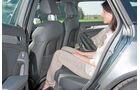 Der Audi A4 Avant bietet vor der bequemen Bank recht wenig Platz.