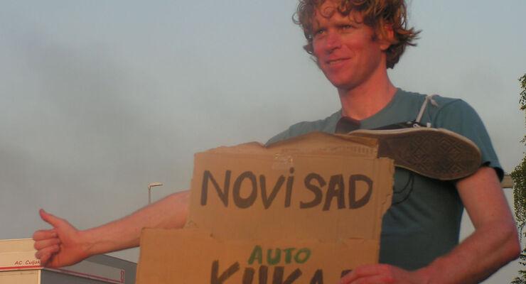 Der Niederländer Tjerk Ridder trampte drei Monate lang durch Europa – mit Wohnwagen, ohne Auto. Am 28. Juni präsentiert er seine Reiseerfahrungen mit einem Bühnenprogramm in Essen.