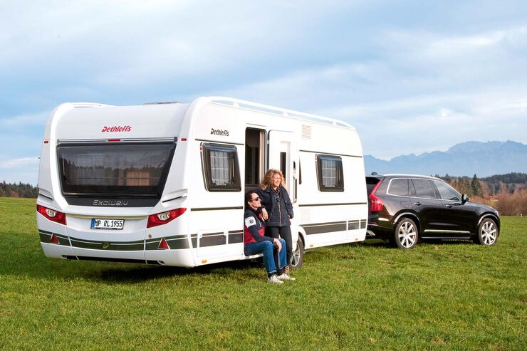 dethleffs exclusiv im caravaning test caravan top modell caravaning. Black Bedroom Furniture Sets. Home Design Ideas