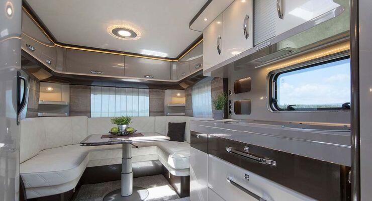 neuvorstellung hobby premium 2017 dieser caravan ist schick bis ins detail caravaning. Black Bedroom Furniture Sets. Home Design Ideas