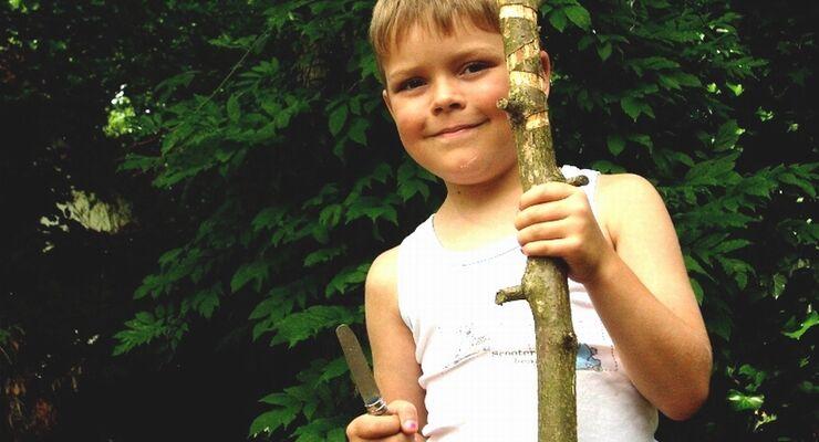 Im neuen Spielwald auf dem Campingplatz Zum Oertzewinkel in der Lüneburger Heide kann nach Herzenslust gebaut werden