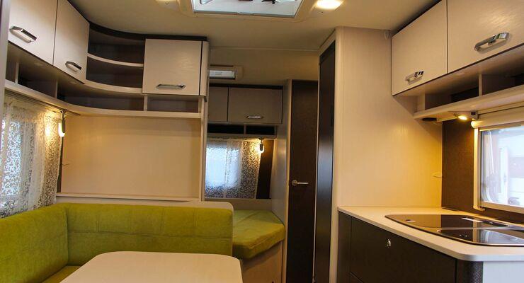 mehr licht im caravan vom pkw zum wohnwagen caravaning. Black Bedroom Furniture Sets. Home Design Ideas