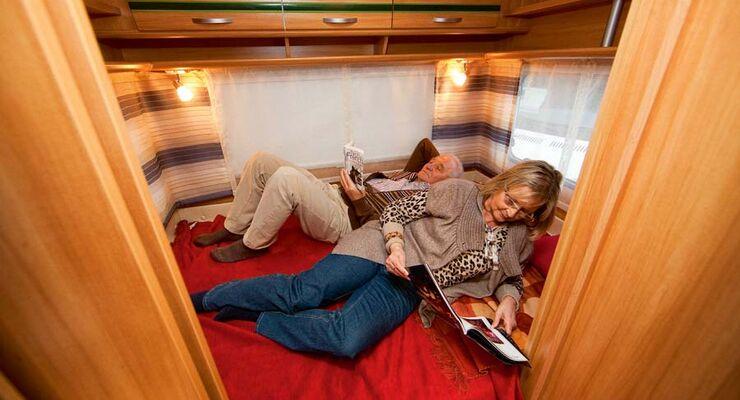 Wohnwagen Etagenbett Quer : Kauf tipp querbett caravans bei caravaning