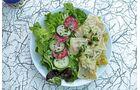 Maultaschen! Mit Salat und warmem Kartoffelsalatschmecken sie am besten.