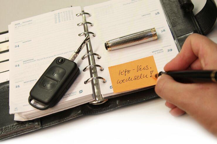 kfz versicherung wechseln und geld sparen caravaning. Black Bedroom Furniture Sets. Home Design Ideas
