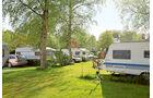 Schoenes Campinggelaende direkt am Fluss.